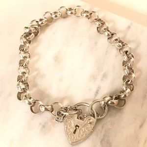 Sterling silver heart lock bracelet